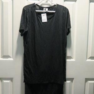 HM long black top